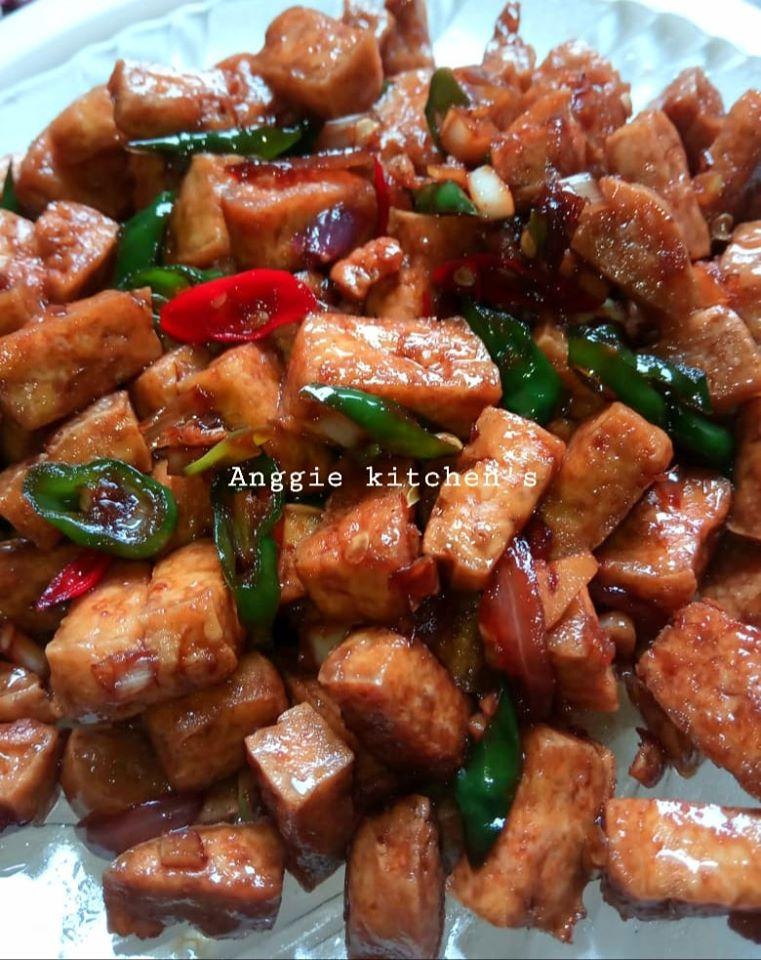 Tahu masak kecap by Anggraini