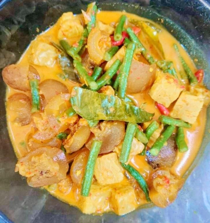 Gulai kikil by Nanda Sukesi