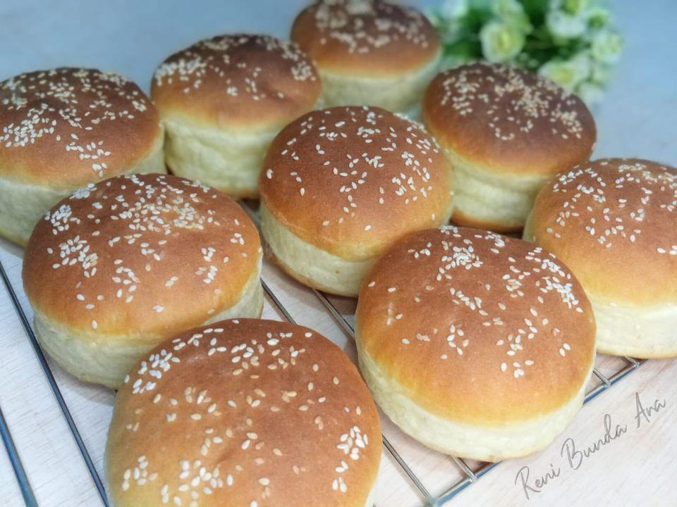 Roti burger by Reni Dwi Arti Agustina