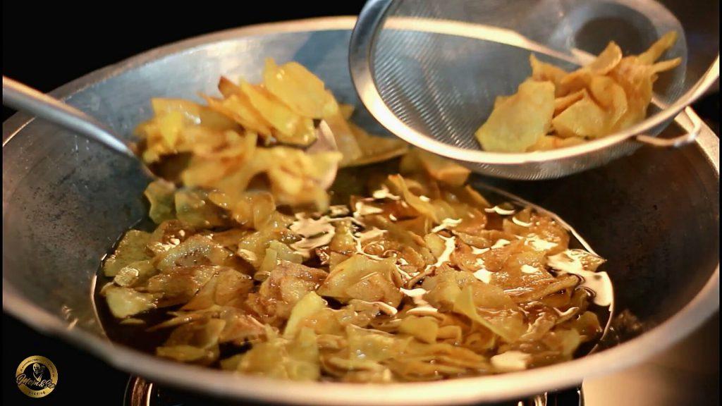 Kering kentang pedas gurih kriuk garing tahan lama by Momandson Pudding 1