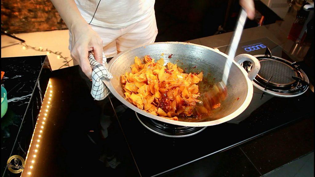 Kering kentang pedas gurih kriuk garing tahan lama by Momandson Pudding 2