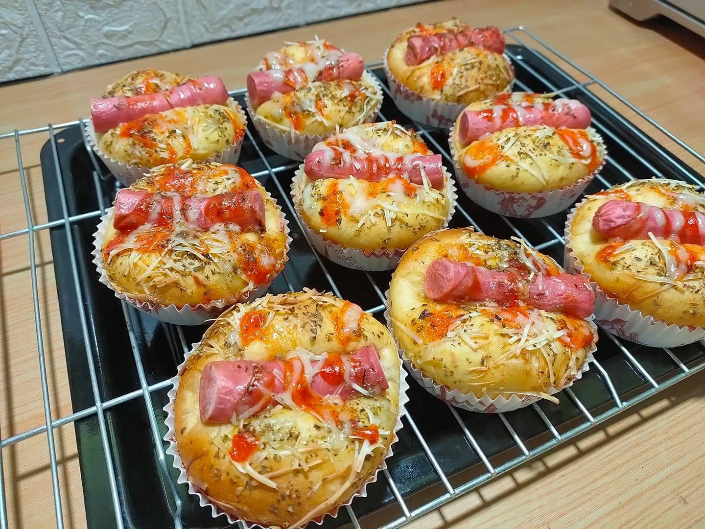 cara membuat roti sosis by Hery Kurniati