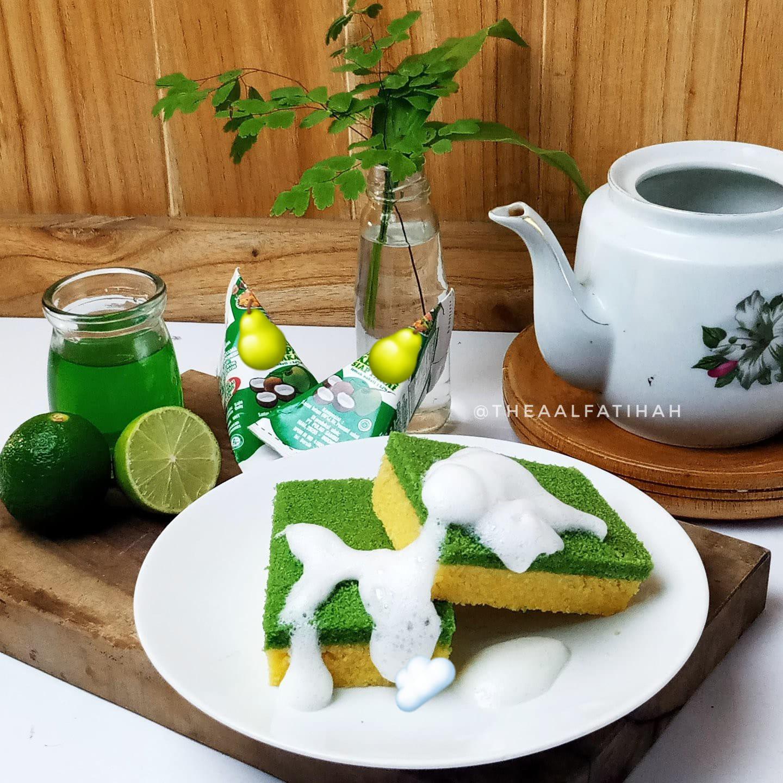 Dish Sponge Cake by Thea Al-Fatihah