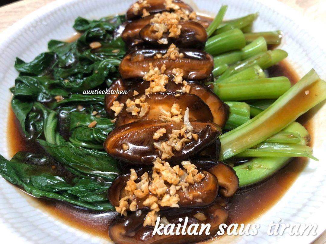 menu restoran Kailan saus tiram by Auntiec Auntiec