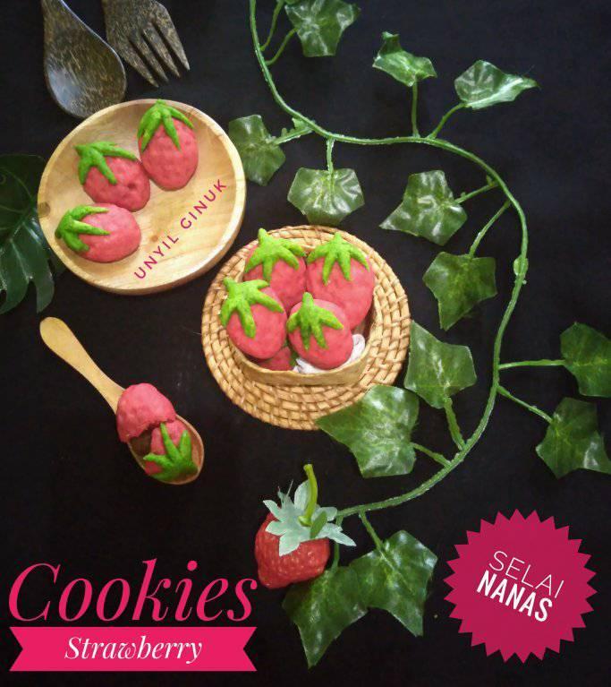 Cookies Strawberry Selai Nanas by Annansya Aina 4