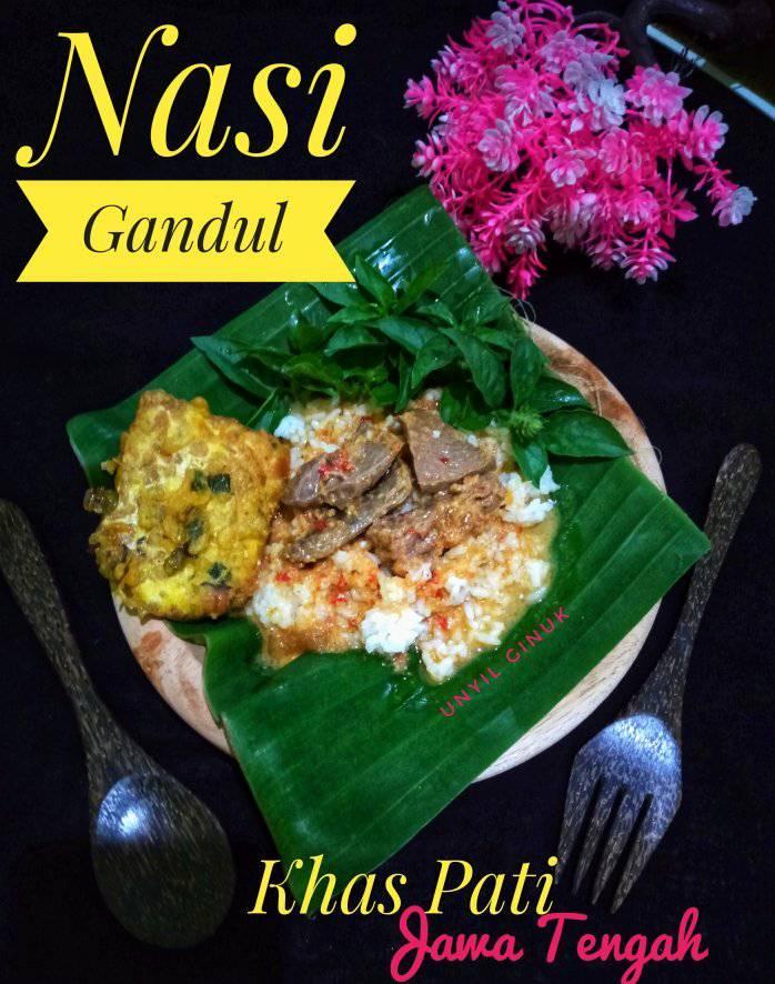 Nasi Gandul khas Pati (Jawa Tengah) by Annansya Aina1