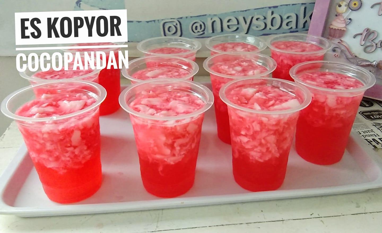 es Kopyor cocopandan untuk berbuka by Wildiyah Neila Baroroh