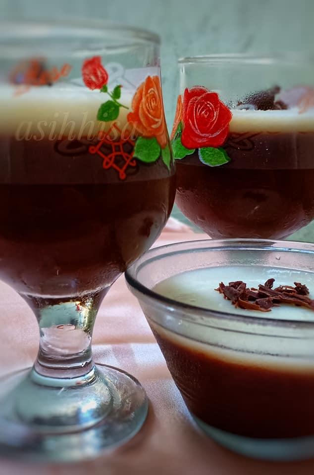 kudapan menu buka puasa Puding coklat vla vanila by Asih Hisa 1