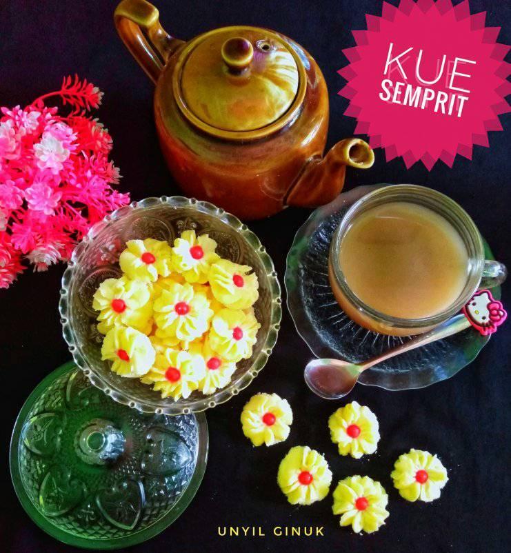 kue lebaran Kue Semprit by Annansya Aina 1
