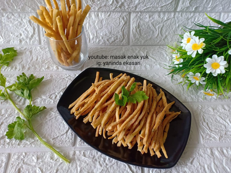 membuat Stik bawang renyah by Yaninda Ekasari