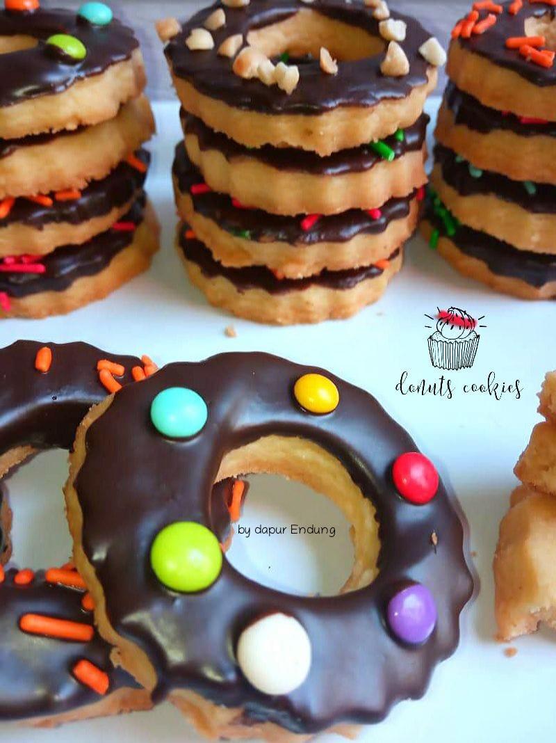 request si bontot Donuts cookies by Dapurnya Anggie
