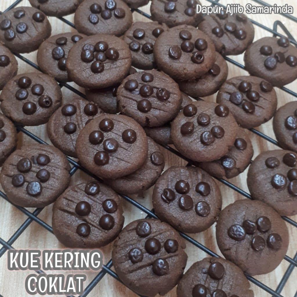 simple dan sederhana Kue Kering Coklat Chips by Erna Kemall