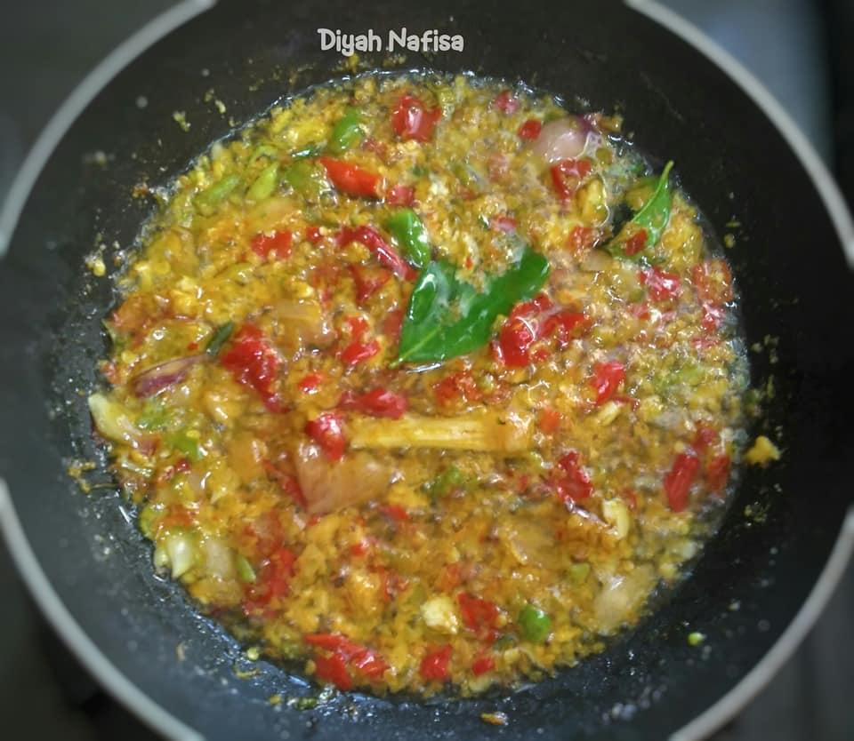rasanya super pedas dan gurih Ayam Rica Kemangi by Diyah Nafisa 2
