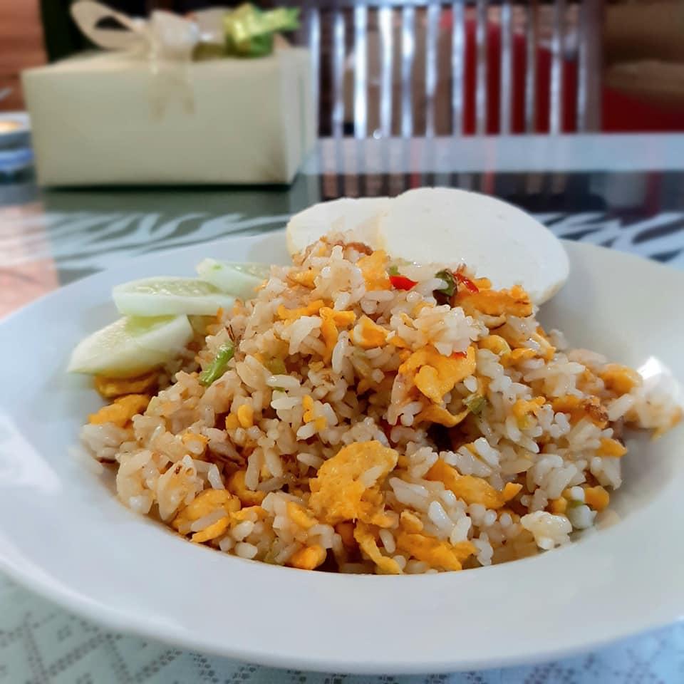 membuat nasi goreng enak by Laxmiie Warrie
