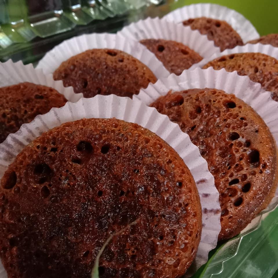 Kue sarang semut by Dae Herry Kurniawan
